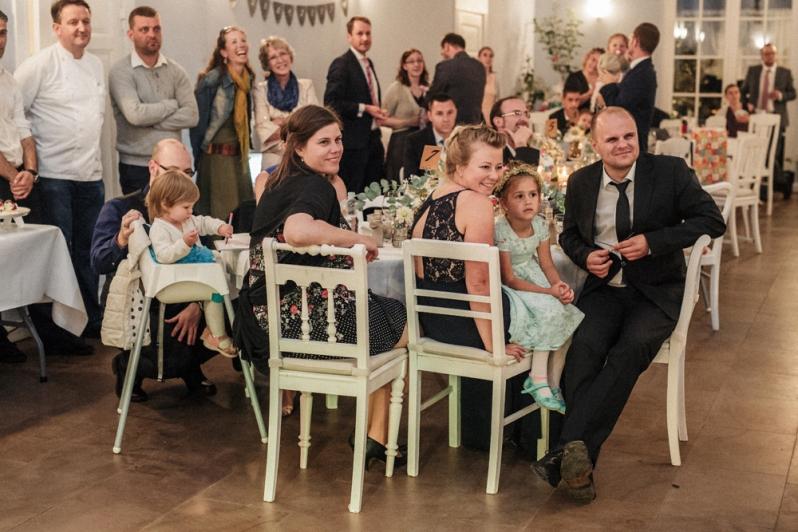 Hochzeit, Brautpaar, vintage, Rede, Gäste