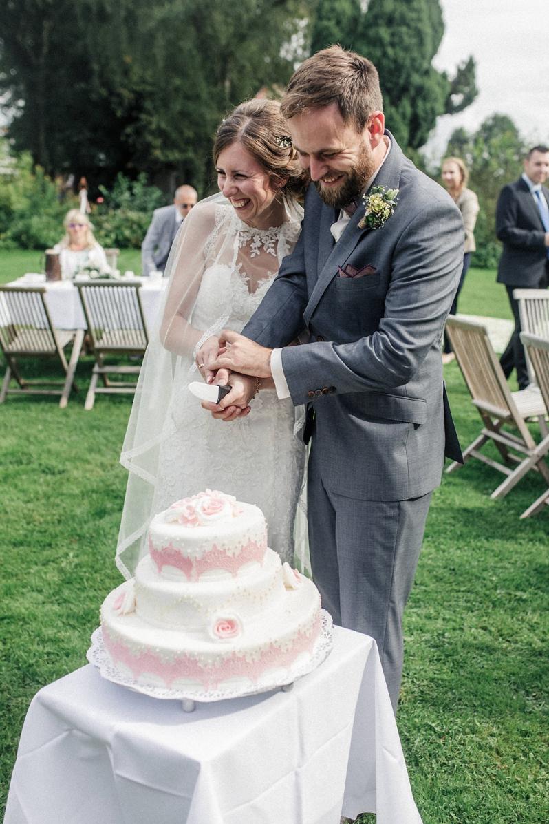 Hochzeit, Brautpaar, Torte