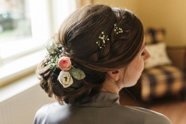 Hochzeit, Braut, Brautkleid, Getting Ready, Frisur