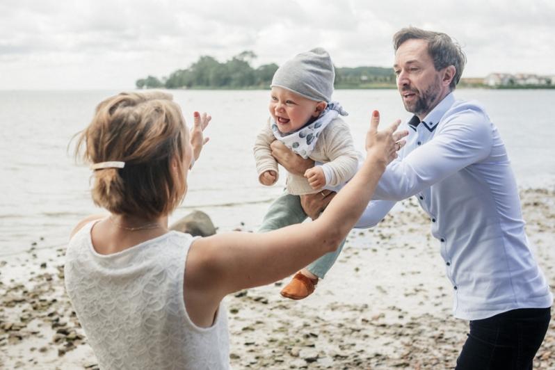 familienfoto, familienfotograf_rostock, familienshootingfamilienfotos_rügen, familienfoto, familienfotograf_rostock, familienshooting